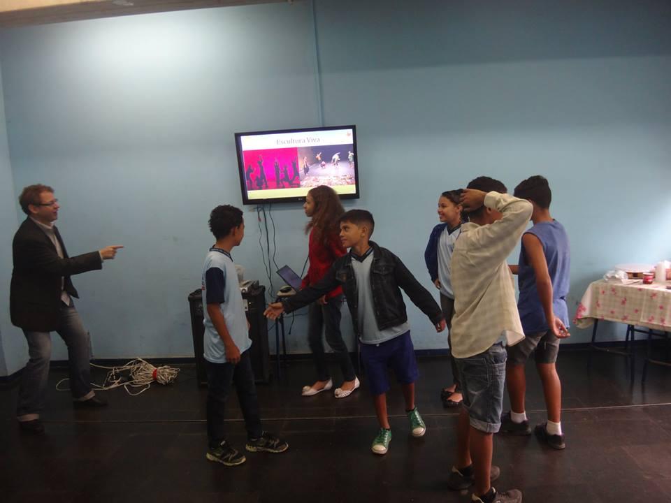 Clube de arte-ciência: Escultura e Cognição