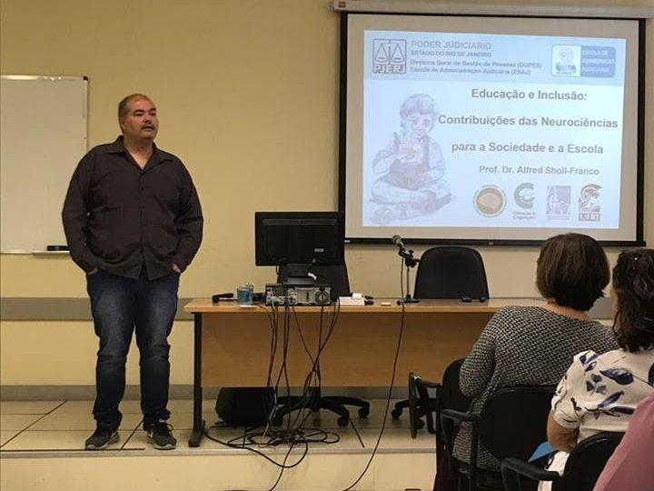 Palestra 'Educação e Inclusão: contribuições das Neurociências para a Sociedade e a Escola'